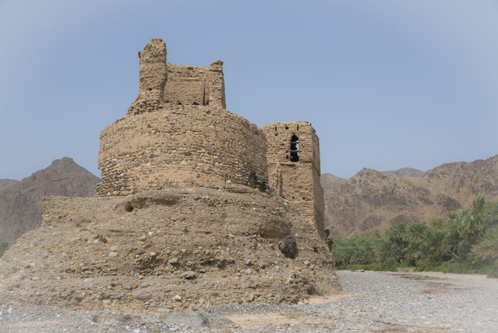 Fort in the middle of the wadi